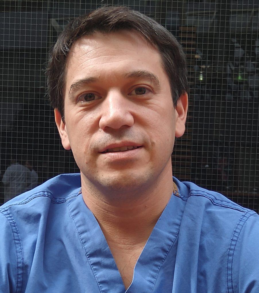 Dr. Oscar Olivera Gastroenterología y Endoscopista